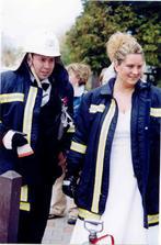 I takhle může vypadat naše svatba,jsme totiž oba hasiči, a to tělem i duší:-))