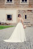 Svatební šaty ze silného saténu a krajky 38-42, 40