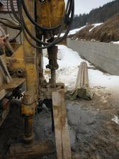 Vrtame studnu