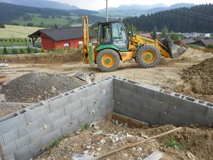 Buduje sa terasa
