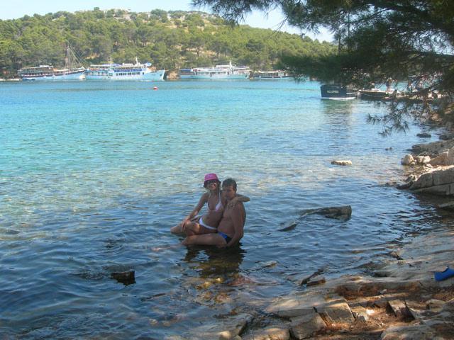 ivana{{_AND_}}jozef - ...tak na tejto fotke sme uz traja a ani o tom nevieme....Chorvatsko