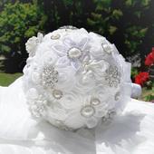 Nevinnost( svatební kytice s brožemi,velká),
