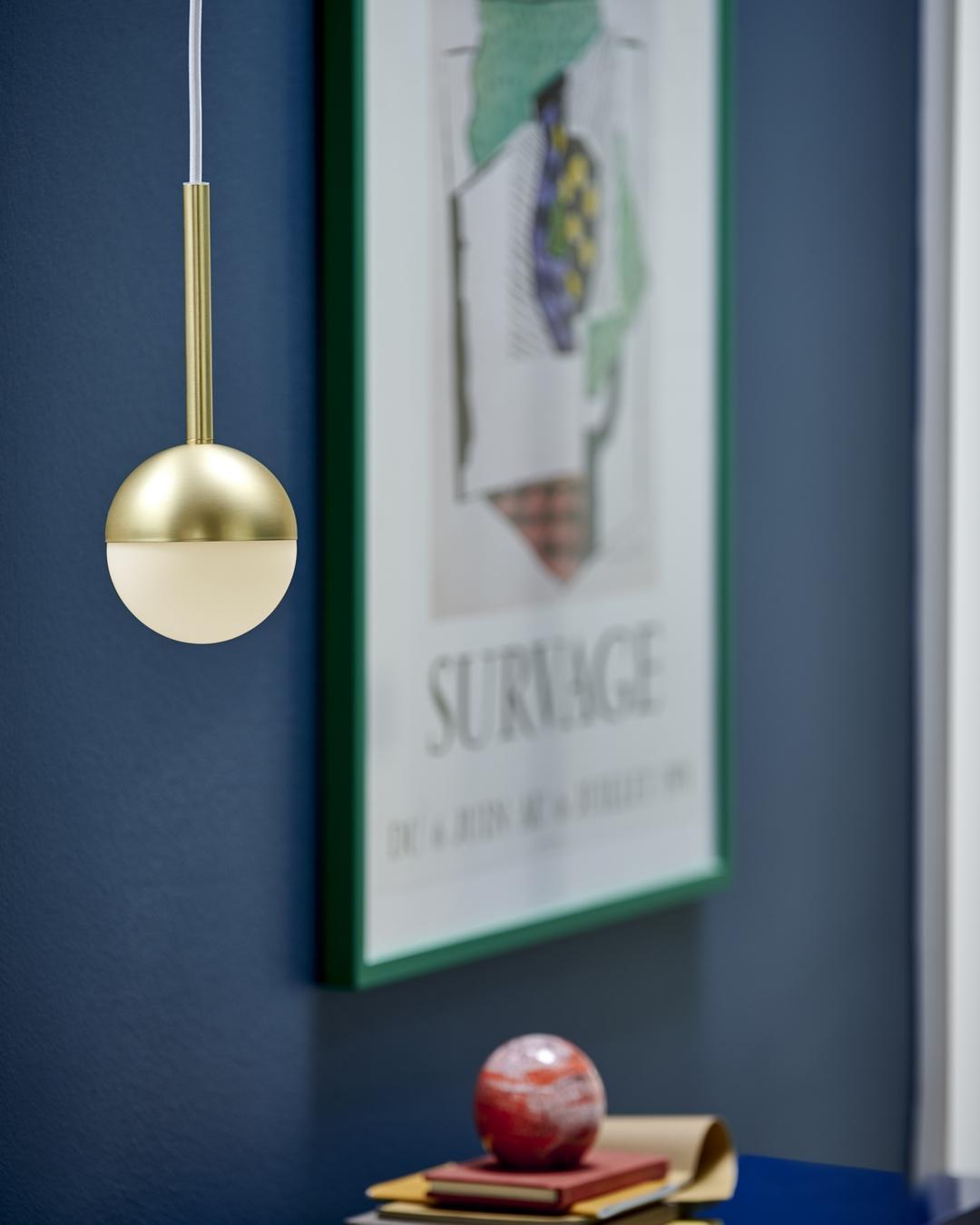 Mosadz je elegantný prvok v interiéri. Svietidlám dodáva nádych luxusu. - Obrázok č. 2