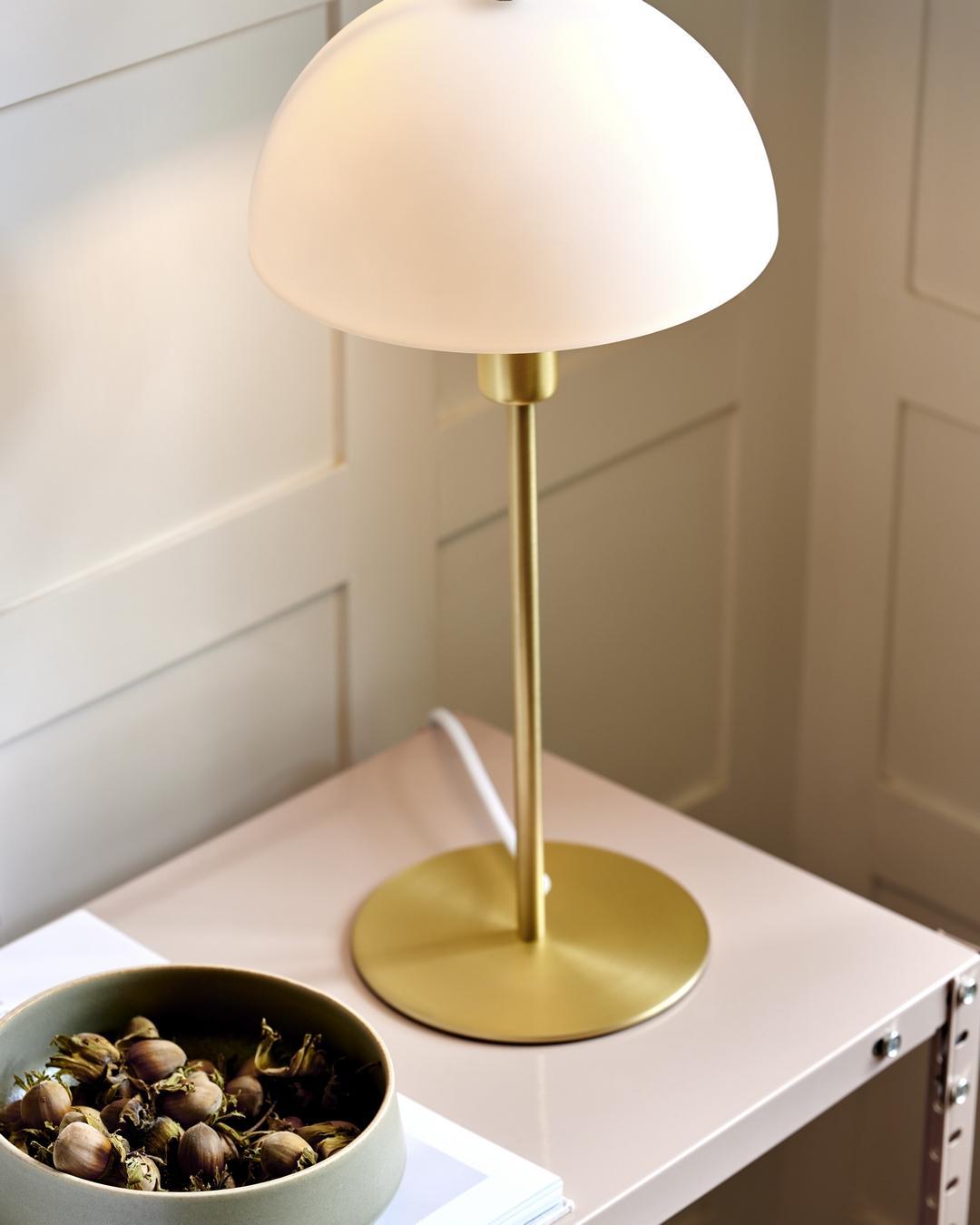 Mosadz je elegantný prvok v interiéri. Svietidlám dodáva nádych luxusu. - Obrázok č. 3