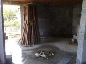 budúca obývačka - kto tam narobil taký neporiadok?