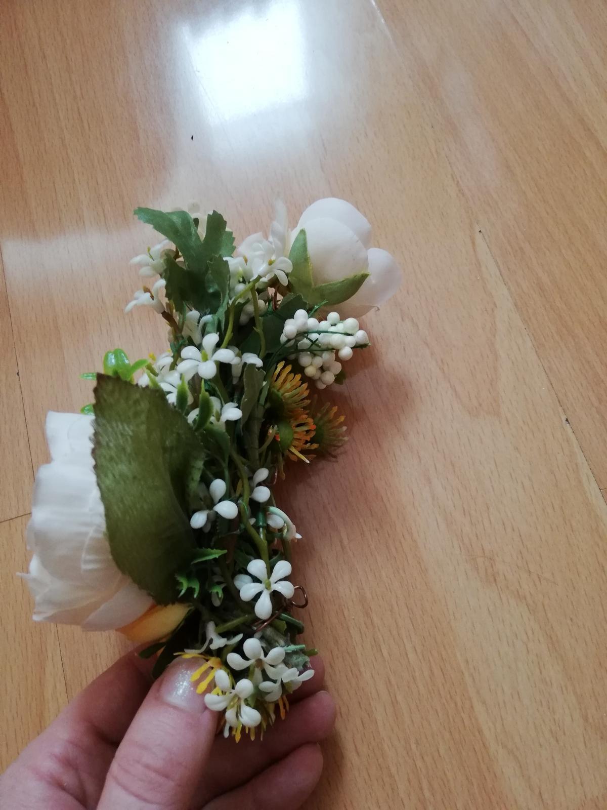 Kvetinova ozdoba do vlasov pivonky - Obrázok č. 2