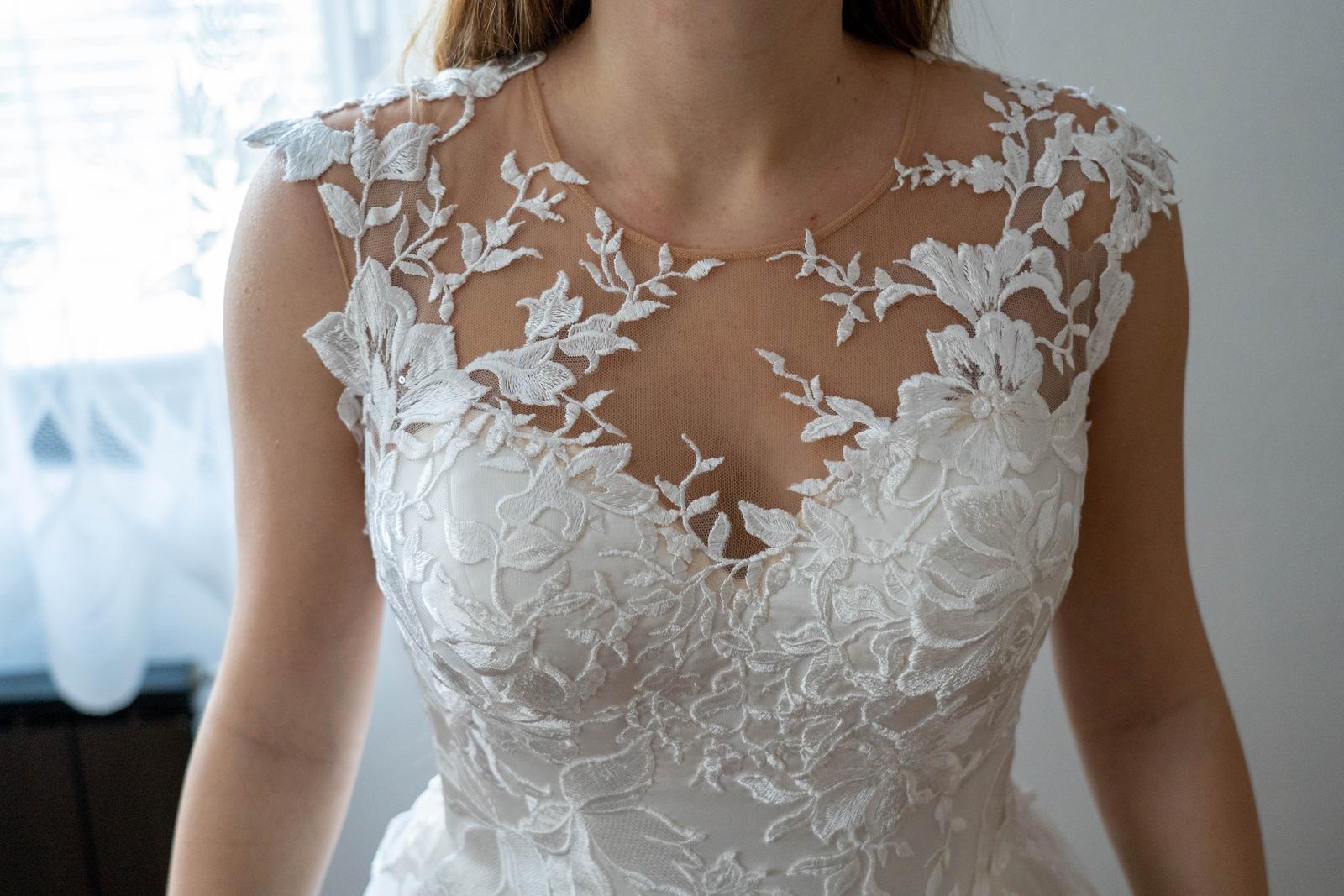 svatební šaty (vel. 36-40 ) - Obrázek č. 1