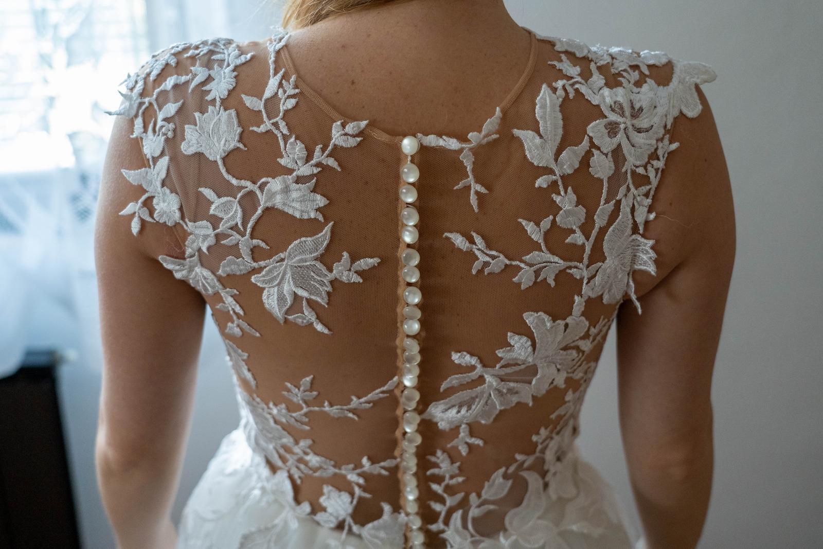 svatební šaty (vel. 36-40 ) - Obrázek č. 4
