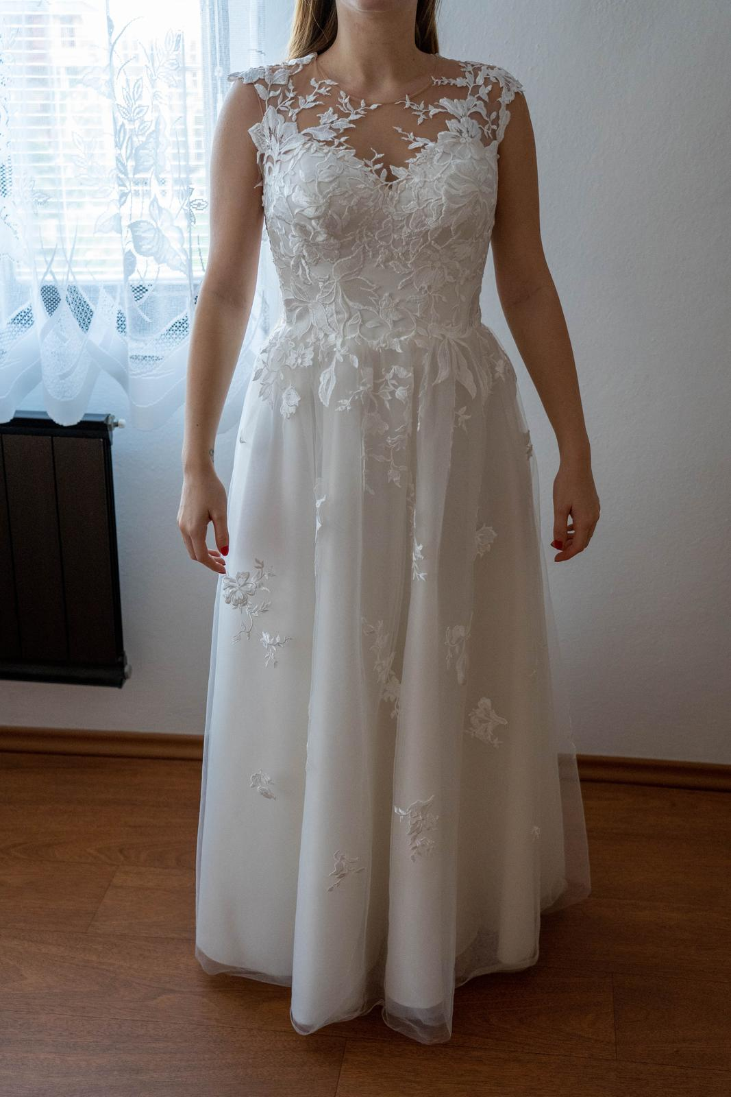 svatební šaty (vel. 36-40 ) - Obrázek č. 2