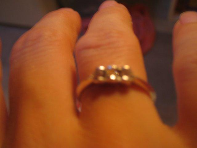 Bude svadba :-)) - moj zasnubny prstienok