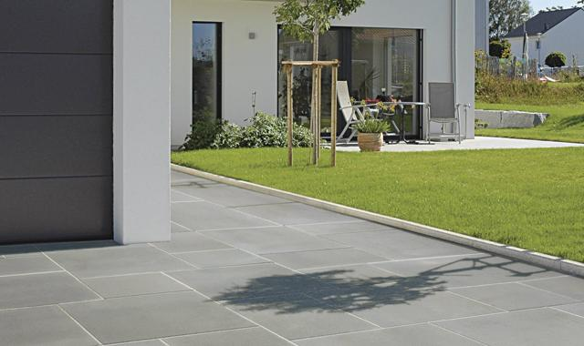 Konečně vybrána dlažba před dům :-) Semmelrock Senso Grande, formát 80x60 :-) - Obrázek č. 1