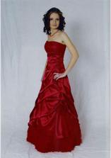 ....a takéto mám zajednané popolnočné šaty