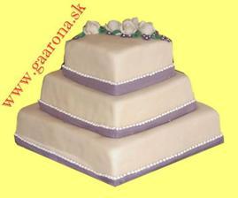 svadobná torta - už zajednaná