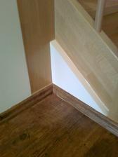 Detail u paty schodiště předělaný podle našeho přání