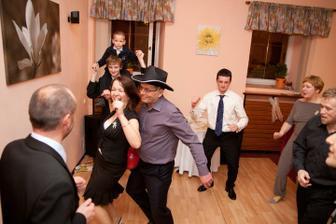 Taneční zábava - foto Martin Rabovský