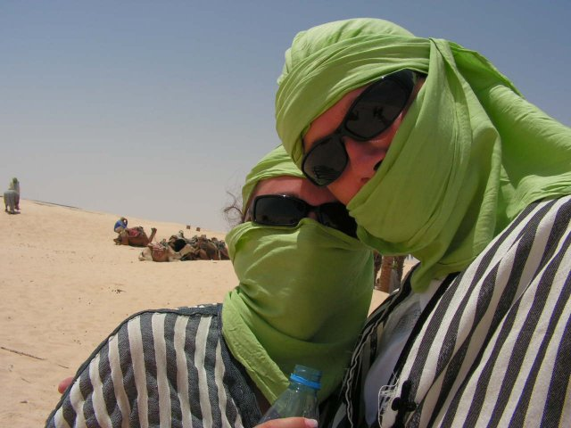 Brca{{_AND_}}S3ho - vylet na Saharu na tavach