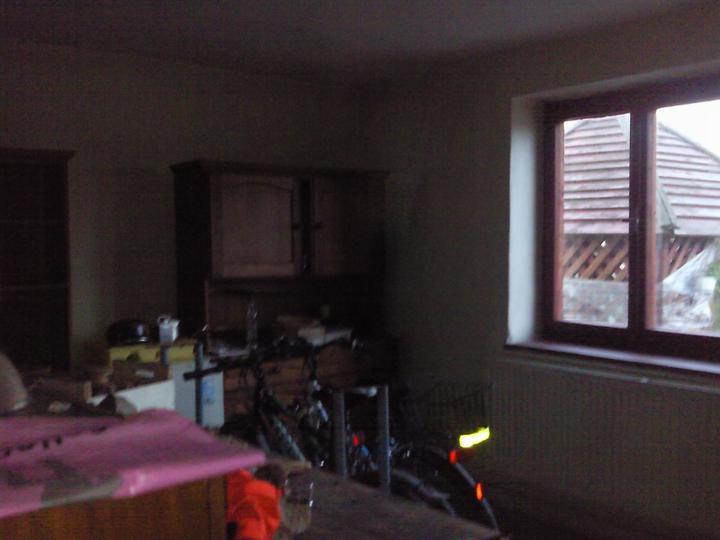 Pred.... a...... - ešte staré okná