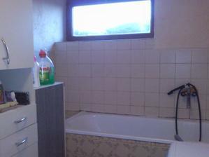 kúpelňa tiež všetko von a nanovo :)