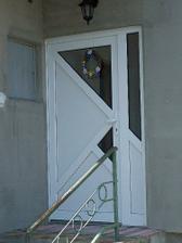 dvere....schody čakatelky