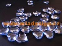 kamínky-srdíčka na stůl