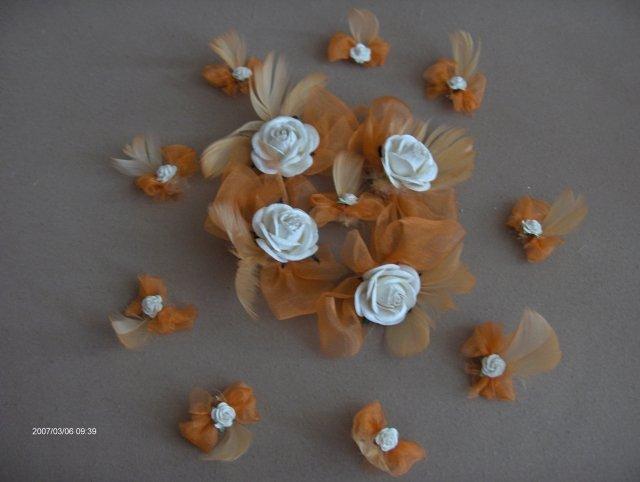 Predsvadobná príprava - Pierka pre svadobných hostí. Moja vlastná výroba.