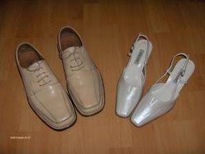 Naše svadobné topánočky.