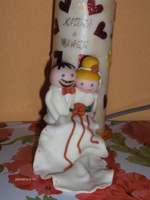 Predsvadobná príprava - Moje postavičky na tortu od Lucky,len tomu môjmu som domaľovala tie jeho sexi fúzky.