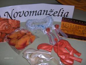 Už mi prišli ďalšie drobnosti na našu svadbu, ako...SPZ, servítky, balóny, držiaky na servítky a môj sexi podväzok.