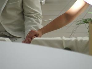 musela som ho držať za ruku, lebo mu bolo strašne zle a len môj dotyk ho upokojil.