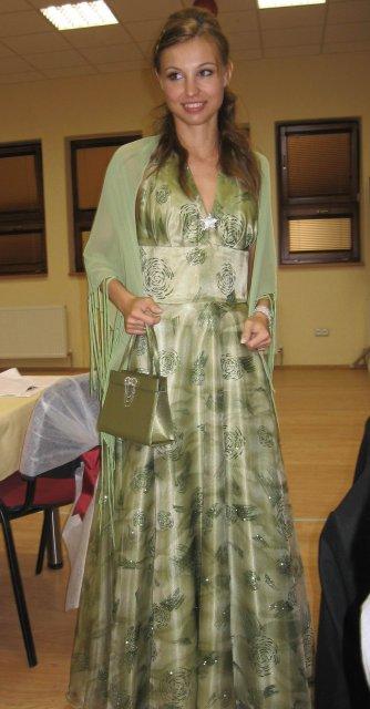 Zuzka a Lubino - šaty na prezlečenie