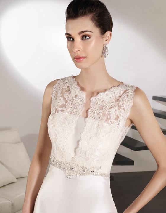 Svatební šaty Villais Espaňa - model Negus detail
