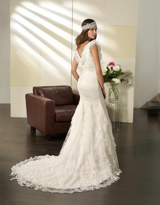 Svatební šaty Villais Espaňa - model Otoňo pohled zezadu