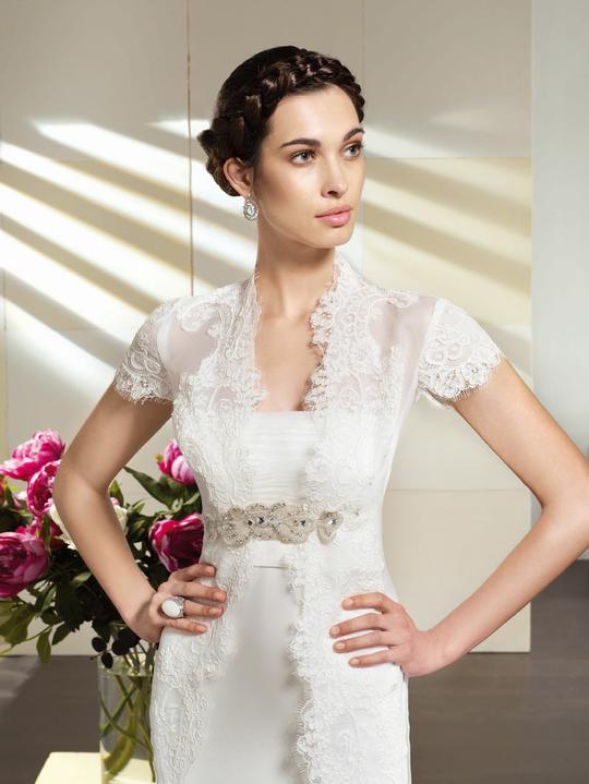 Svatební šaty Villais Espaňa - model Perla detail