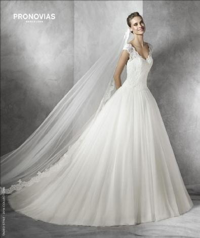 Nové šaty Pronovias v našich salonech - Obrázek č. 6