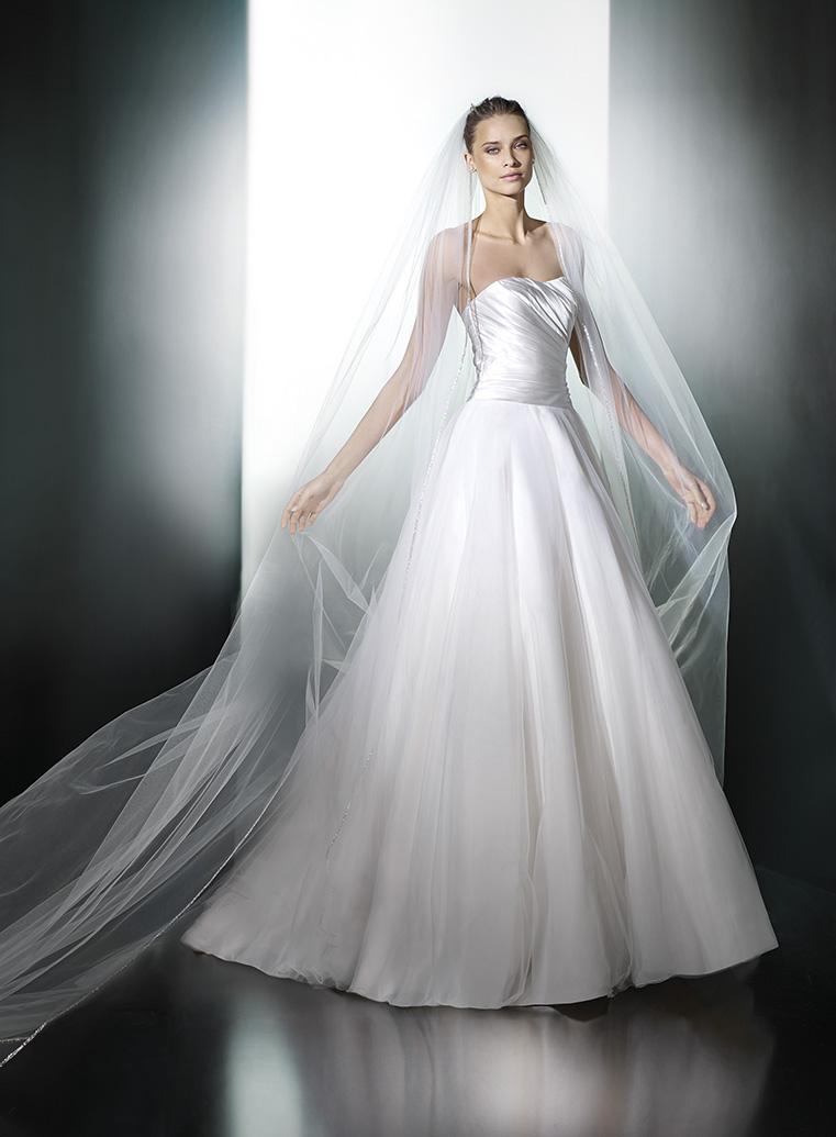 Nové šaty Pronovias v našich salonech - Obrázek č. 16