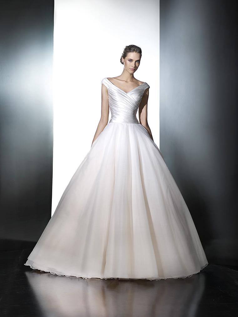 Nové šaty Pronovias v našich salonech - Obrázek č. 25