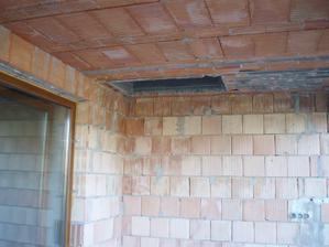 vchod na poval z terasy