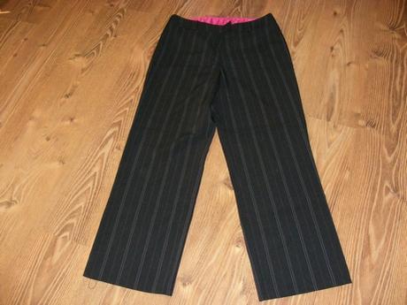 Čierne nohavice kostýmové,málo nosené - Obrázok č. 1