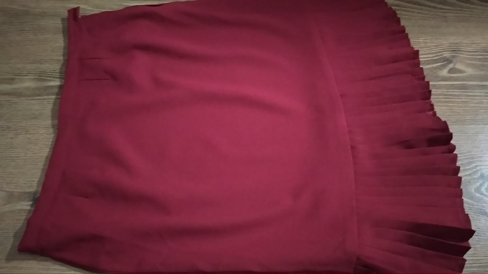 Bordovo červená kostýmová sukňa XXL/XXXL - Obrázok č. 2