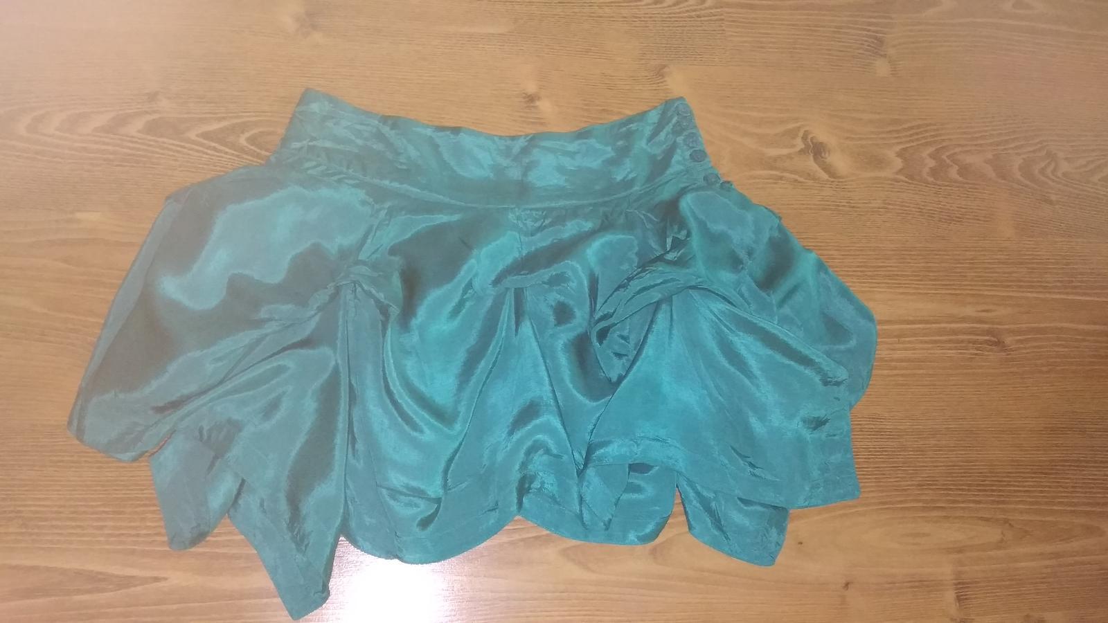Moderná podšitá sukňa s vlnami S/M - Obrázok č. 3