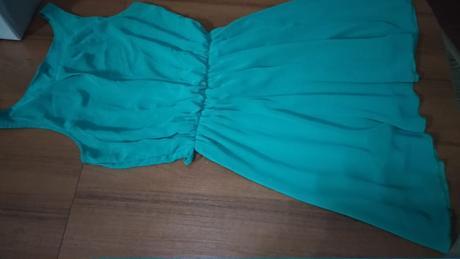 Zelenkasté šaty - Obrázok č. 1