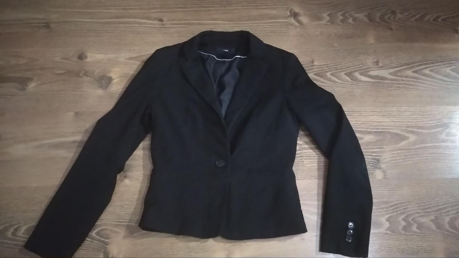 Čierne sako málinko nosené - Obrázok č. 2