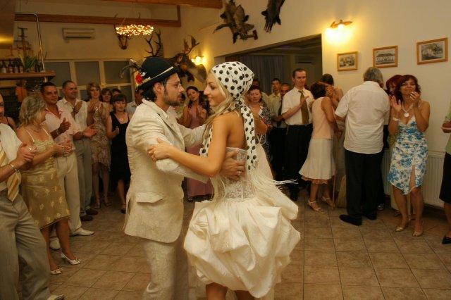 MAŤA{{_AND_}}PEŤO - posledný tanec pred polnocou