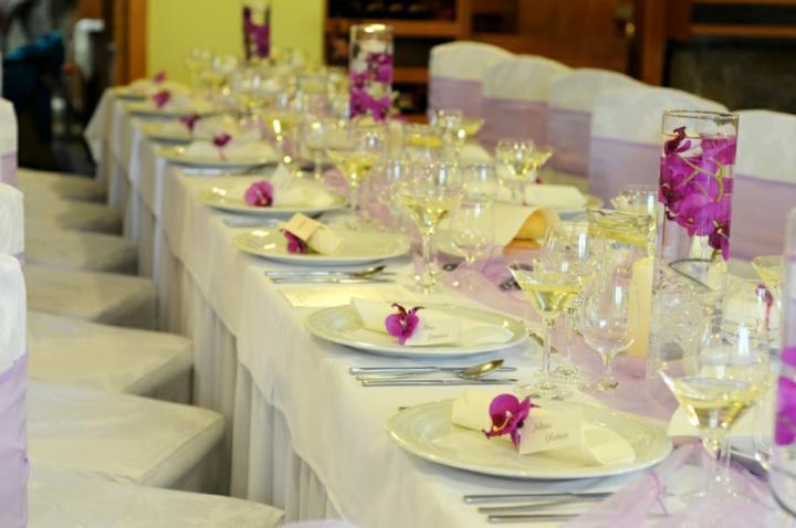 Purple Wedding Dreams..:o) - Dalsie nadhera- nakoniec to necham na kvetinarov a bude po starostiach ;)