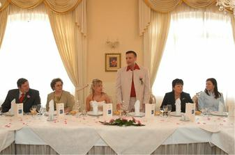 Můj manžel tu měl krásný proslov... tímto bych mu chtěla podekovat, byl nádherný..