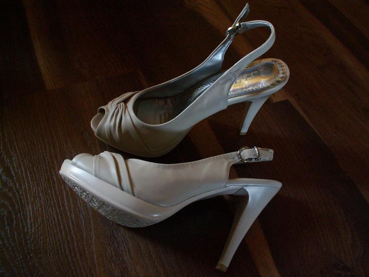 Predstavy a prípravy :) - Moje svadobné topánočky...