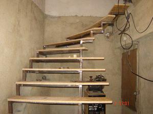 schody jsou konečně téměř hotové...