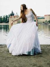 šaty od návrhářky nikkity