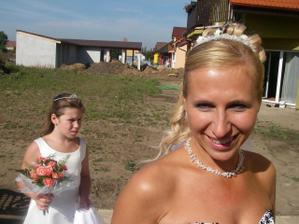 S dcerkou družičkou