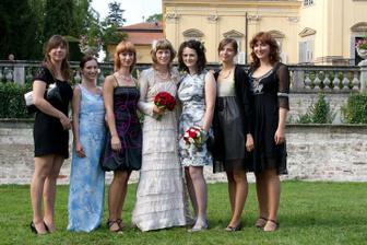 kamarádky z vysoké a sestra